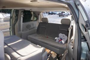 Dodge caravan 2003 seats