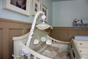 Crib bedding / Literie pour bébé