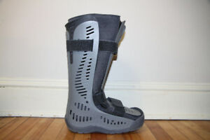 Rebound Air Walker High Top by Ossur Size Medium