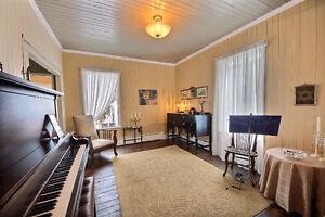 Belle maison ancestrale sur 3 étages Saguenay Saguenay-Lac-Saint-Jean image 7