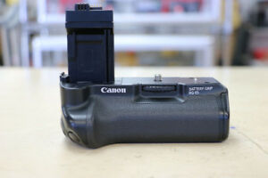 **GREAT DEAL** Canon BG-E5 Battery Grip (#1913)