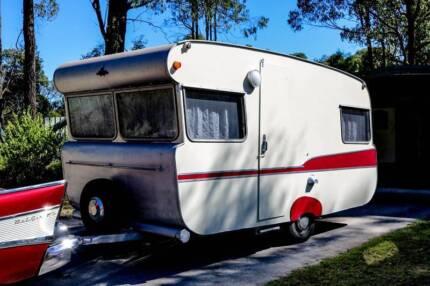 """Vintage Caravan 1963 Bondwood caravan 14'6"""""""