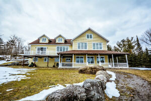 Year-Round Living on Gibson Lake, Muskoka. Cottage/Home For Sale