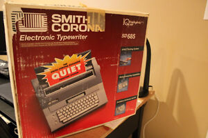 SMITH CORONA SD685 ELECTRONIC ELECTRIC WORD PROCESSOR TYPEWRITER
