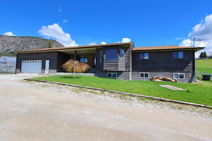 Spacious Rancher with Mortgage helper in Black Mountain!!!