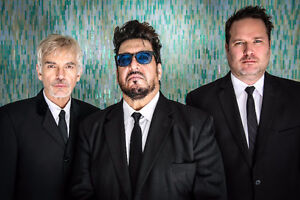 Billy Bob Thornton and the Boxmasters pair of tickets below cost