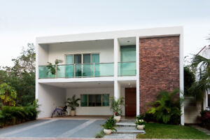 House in exclusive and private area of Playa del Carmen