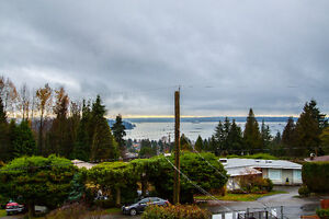 $4995 (ORCA_REF#1141O)**BEAUTIFUL, Luxury Furnished Family Home North Shore Greater Vancouver Area image 7