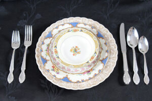 VINTAGE DISHES FOR EVENTS ... FOR SALE ... CHEAP!