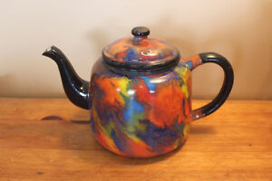 Old Antique End of Day Enamelware Tea Pot London Ontario image 1