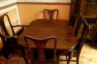 Ensemble de salle à manger antique en chêne
