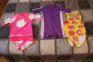 Costumes de bain 2T / Bathing suits
