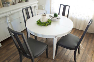 Vintage Malcolm Dining Table & 6 Chairs