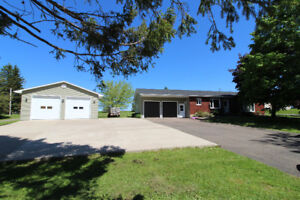 Bungalow with 1 acre lot OPEN HOUSE SUNDAY 10th 2-4 M110451
