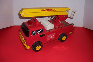 *New Price* Snorkel Tin Fire Truck made in Korea Works!