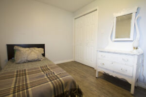 One room for rent in two bedroom apartment. Oct-Jun