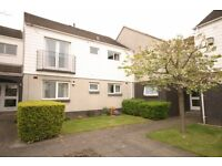 Part furnished, spacious 2 double bedroom first floor flat in Blackhall - Hillpark Wood