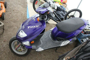 SCOOTER PGO T-REX 50 --2007-----789 nego