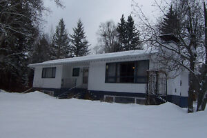 4 bed, 2 bath family home in the desirable Dragon Lake area