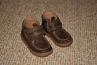Boys Geox Shoes Size 8