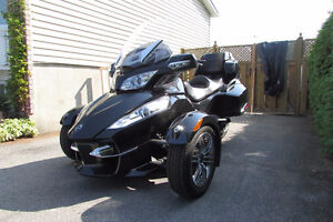 Can Am Spyder RTS 2011