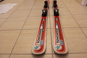 Red Rossignol Skis in good condition 140cm