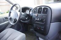 2005 dodge mini van