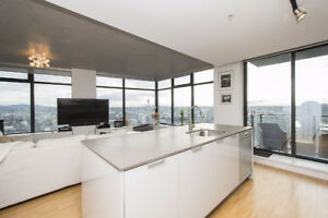 1br - WATER, CITY & MOUNTAIN VIEW 1 bed unit at WOODWARDS