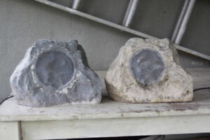 garden rock speakers x2