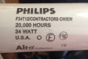 Philips Fluorescent bulb 34w 20,000 hours (Partial Box of 23)
