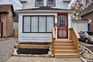 Home for Rent in Niagara Falls, right by Niagara River