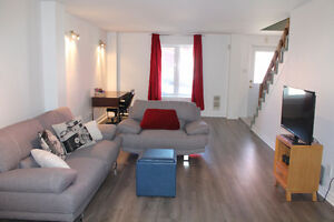 Clean House Walking Distance From Place Du Portage