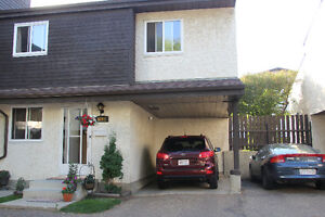 3 Bedroom/2 Private Parking Corner Duplex Townhouse in Millwoods