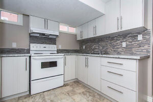 """""""$999 / 2br - 700ft2 - ** Stunning 2 bed Apt - In-suite Laundry"""