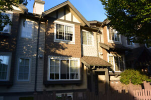 Gorgeous 3BR Townhouse Lougheed Mall Area