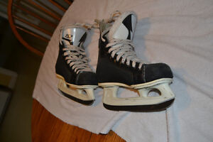 CCM Tacks 152 Skates, Size 5 London Ontario image 4