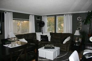 Beautifully Decorated-Fully Furn.-All incl. 2Bdrm Home-Gregoire