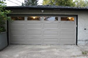 Double sized garage in Montgomery for rent
