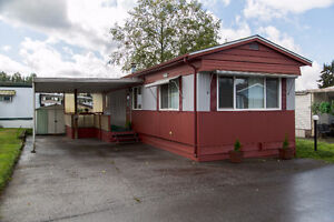 Cozy manufactured home in a great neighbourhood!