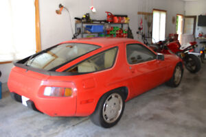 RED PORSCHE FOR SELL