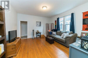 4plex in London. Opportunity for over $45,000 in yearly rents!