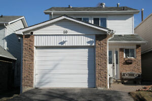 House for Sale in Agincourt North Area