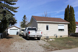 Reduced!!  846 Crecent Ave  Picture Butte
