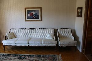 French Provinicial Sofa and Chair West Island Greater Montréal image 1