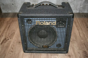 Roland KC-60 Amplifier