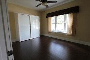 Spacious and Bright 3 Bedroom Unit in Triplex