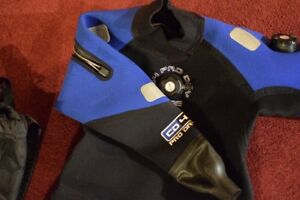 SCUBA GEAR TOP OF THE LINE - NEW REDUCED PRICE