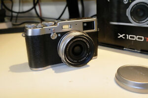 Fuji X100T like new only 1200click
