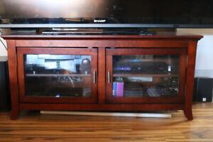 meuble  télé en bois  portes vitrées 54'' largeur NEUF LIVRAISON