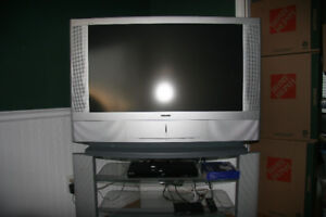 """Sony 42"""" LCD Projection TV"""